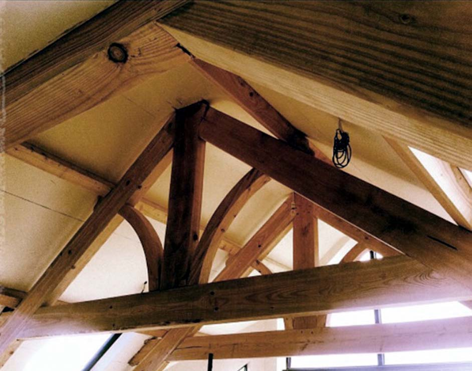 Roof trusses decorative roof trusses roof trusses in cork for Roof trusses